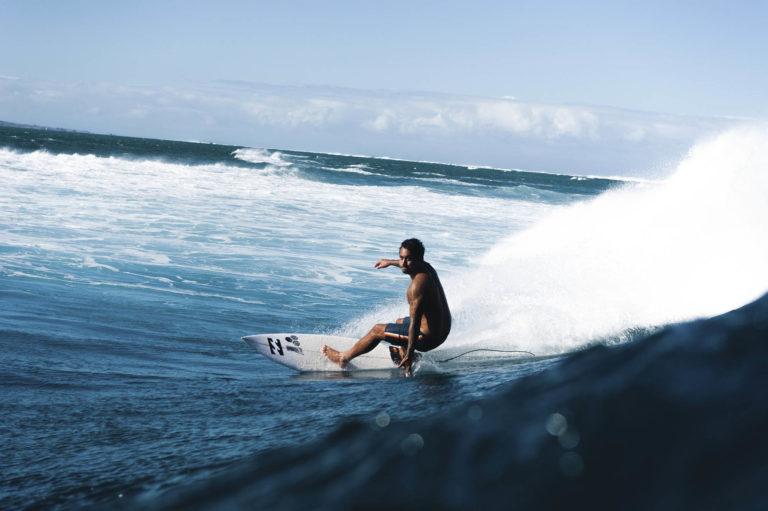 surf spots in fiji