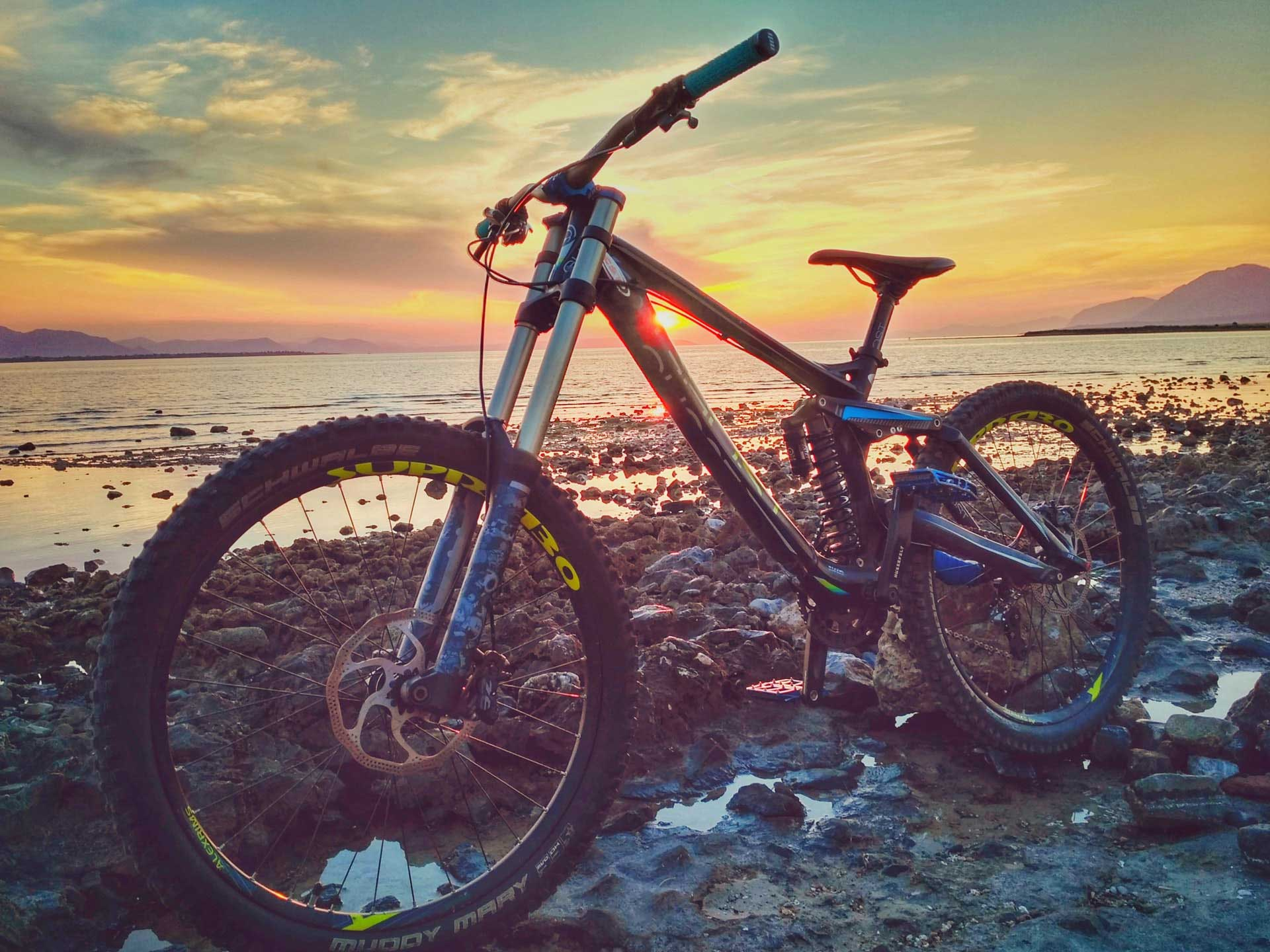 mountain biking fiji