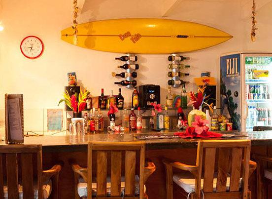 surfing-resort-matanivusi