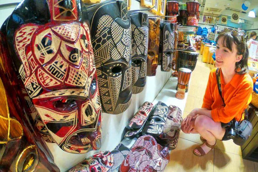 Fijian-souvenirs
