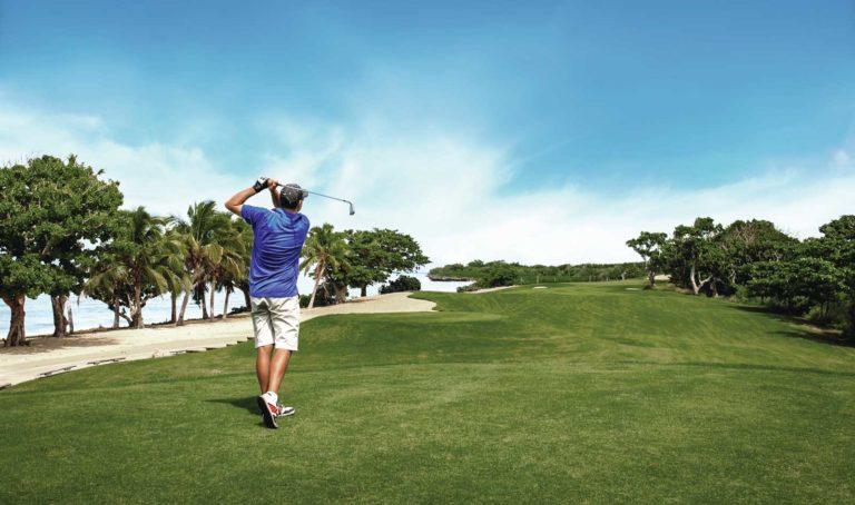 luxury-golf-courses-in-fiji