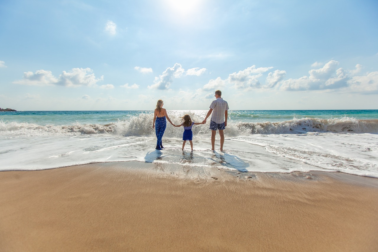 29 Essential Tips for Travelling to Fiji With Children