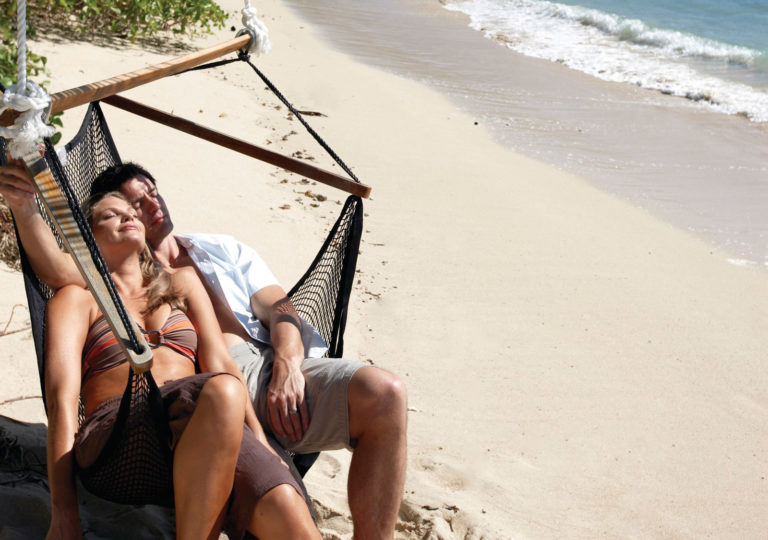 rest-and-relaxation-in-fiji-HEADER