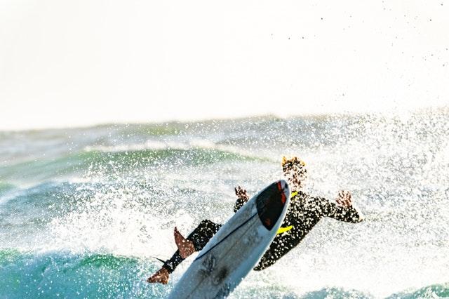 surf spots in the mamanuca islands fiji
