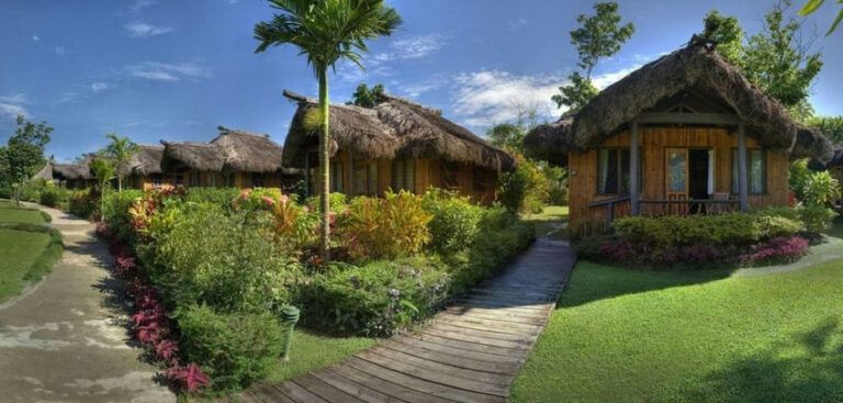 8 Best Family Resorts on the Pacific Harbour & Beqa