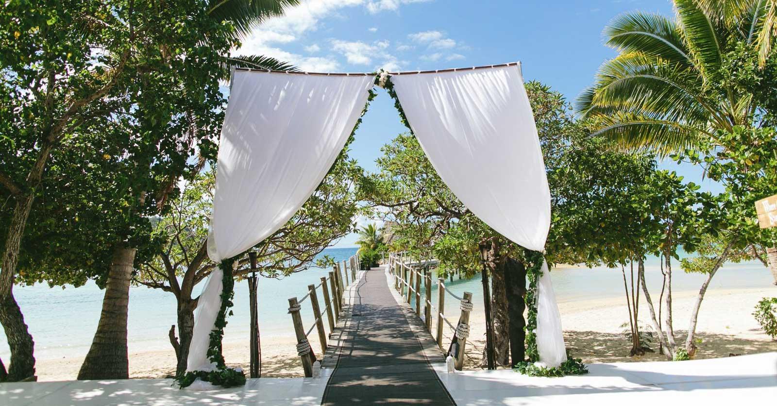 10 Best Wedding & Honeymoon Resorts in the Mamanuca Islands