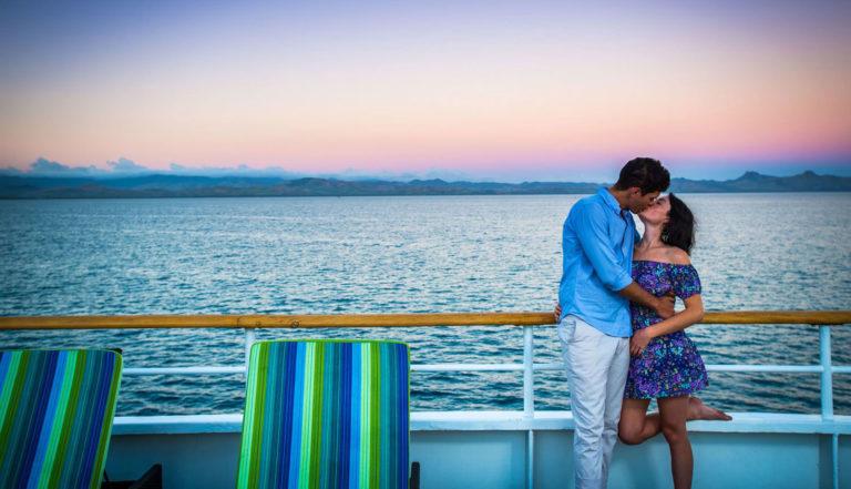 ways-to-propose-mamanuca-islands-fiji