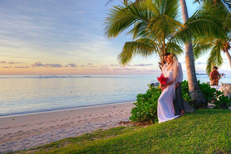 wedding-and-honeymoon-guide-to-denarau-island-