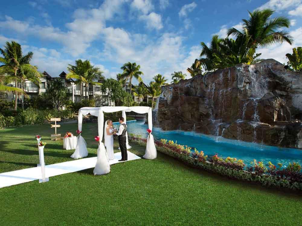 -wedding-resorts-on-denarau-island