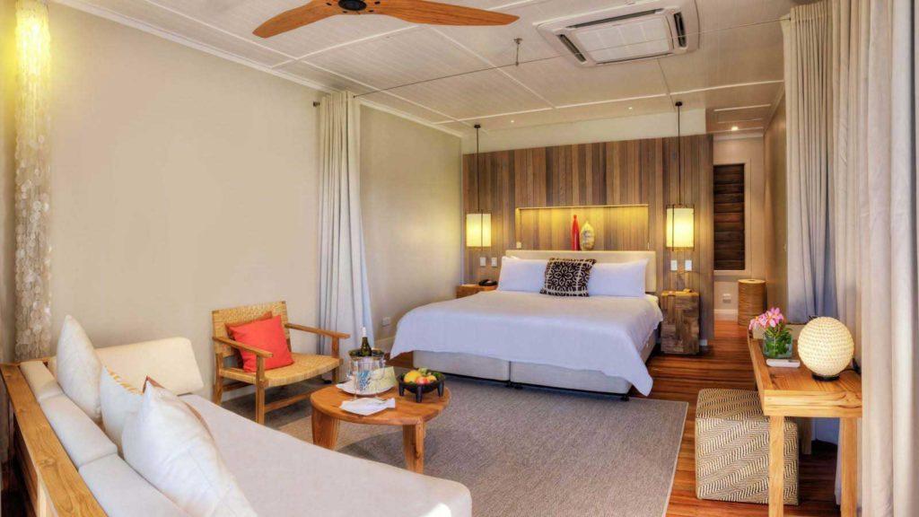 honeymoon and wedding resorts in the mamanuca islands