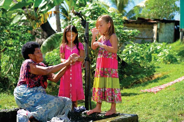 family-mamanuca-islands-fiji