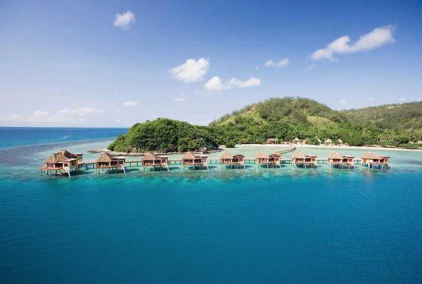 fiji-overwater-bungalows-