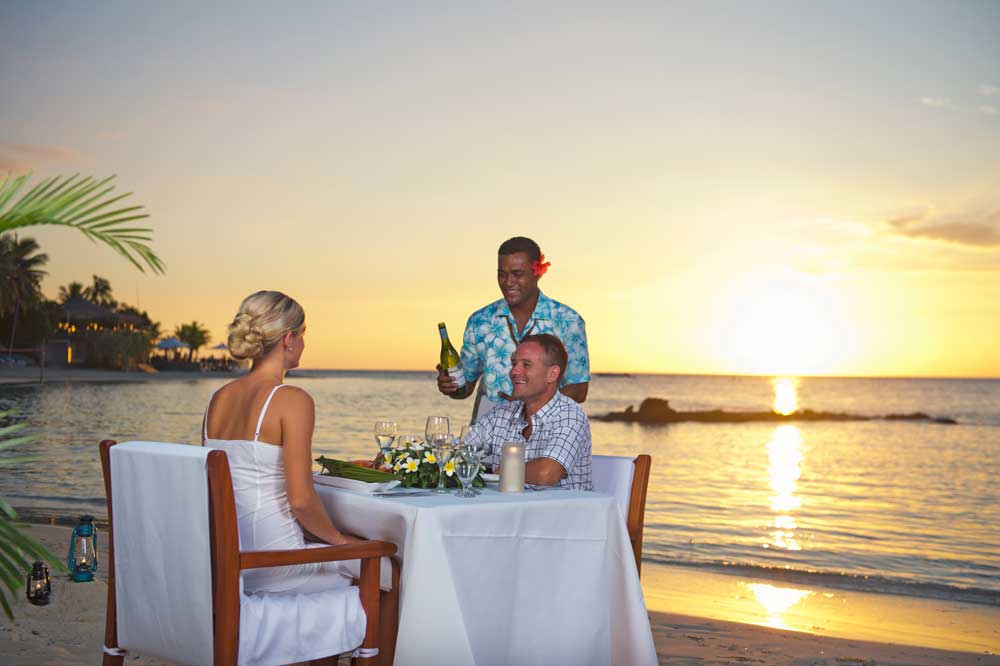 romantic activities for couples-fiji-mamanuca-islands-