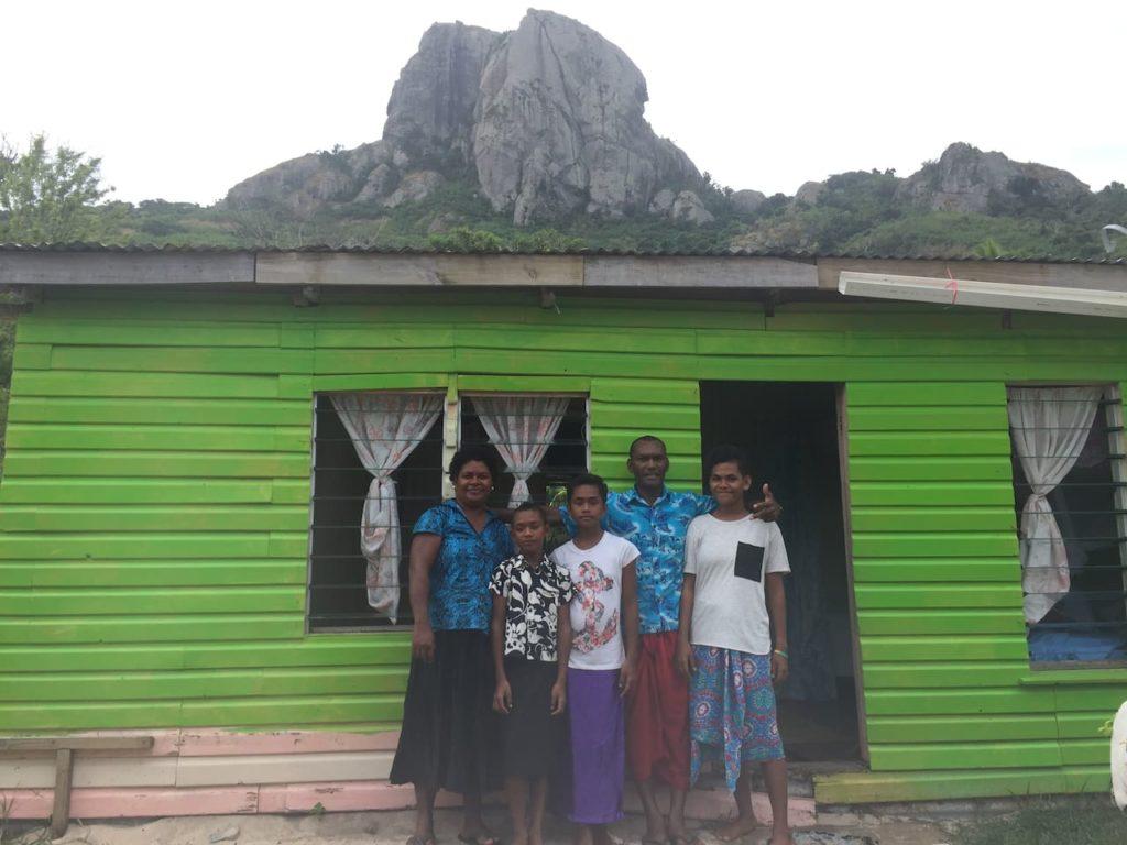 budget homestays in the yasawa islands