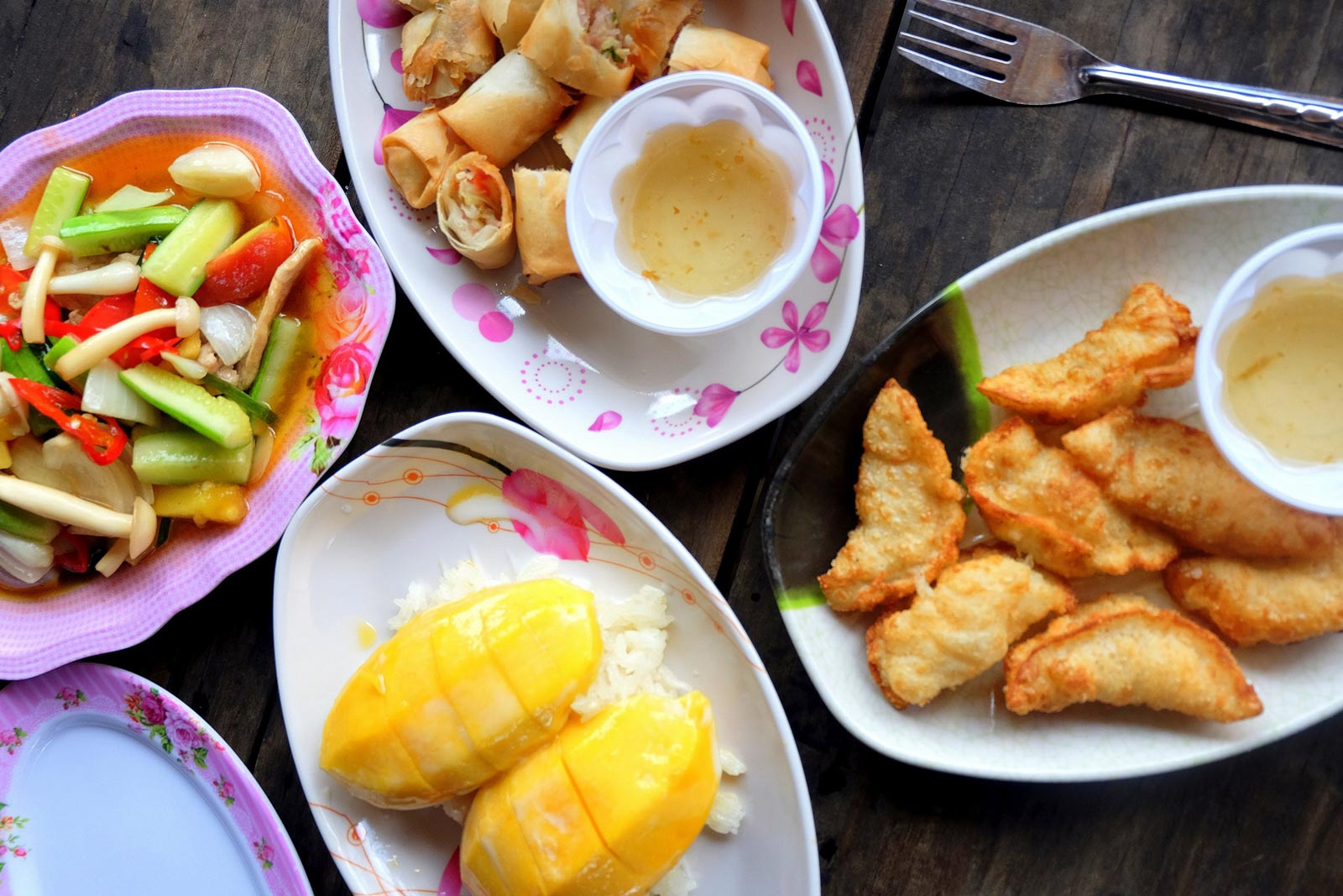 Guide to the Best Eats & Restaurants on the Coral Coast