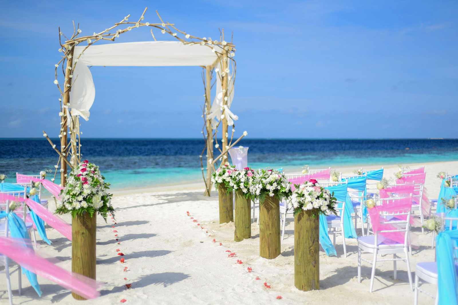 -wedding-&-honeymoon-guide-to-the-yasawa-islands