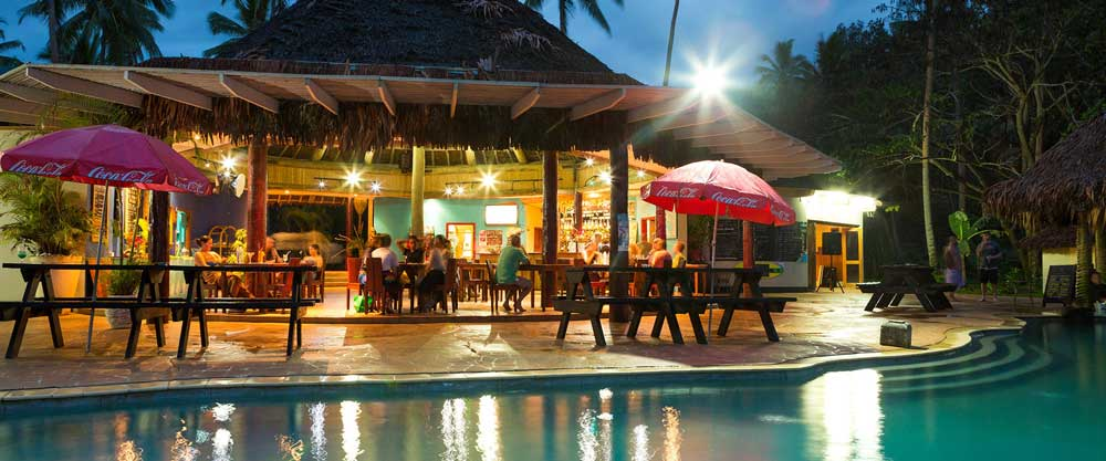 coral-coast-resorts-with-restaurants
