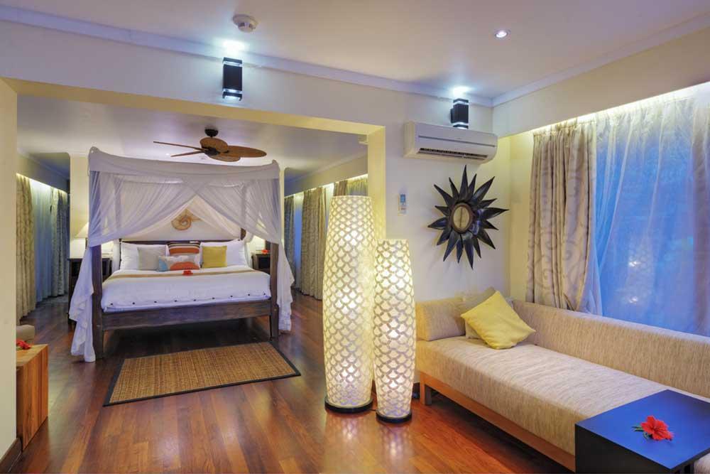 pacific-harbour-wedding-honeymoon-accommodation-couples