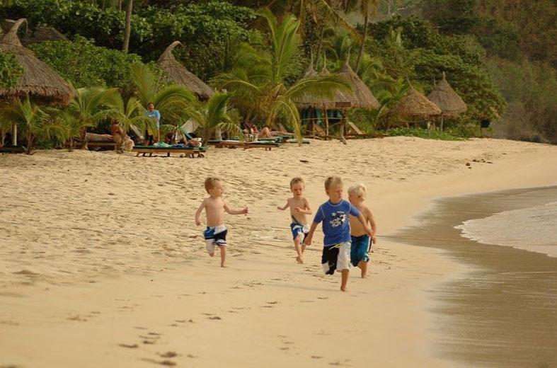 -family-resorts-in-the-yasawa-islands