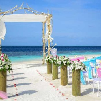 The Wedding & Honeymoon Guide to the Yasawa Islands