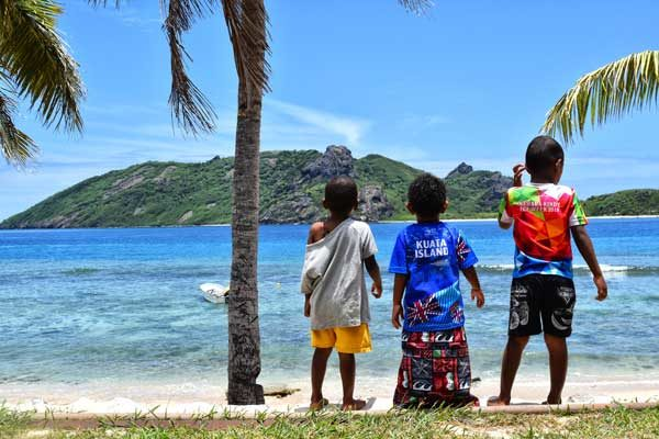 family-friendly-homestays-in-the-yasawa-islands