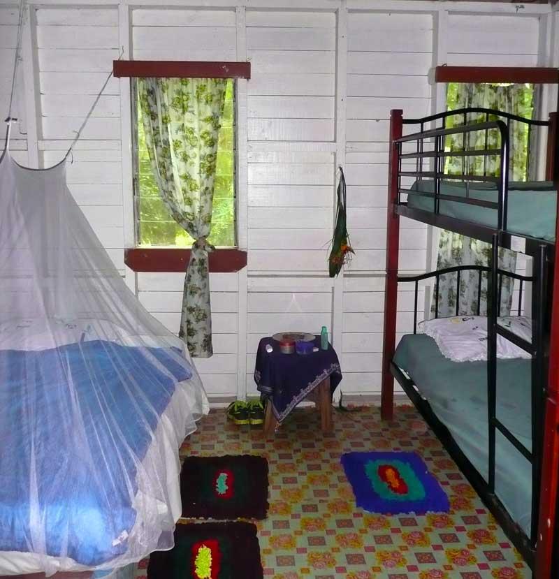 -fiji-taveuni-family-room