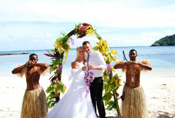 -wedding-&-Honeymoon-guide-to-vanua-levu