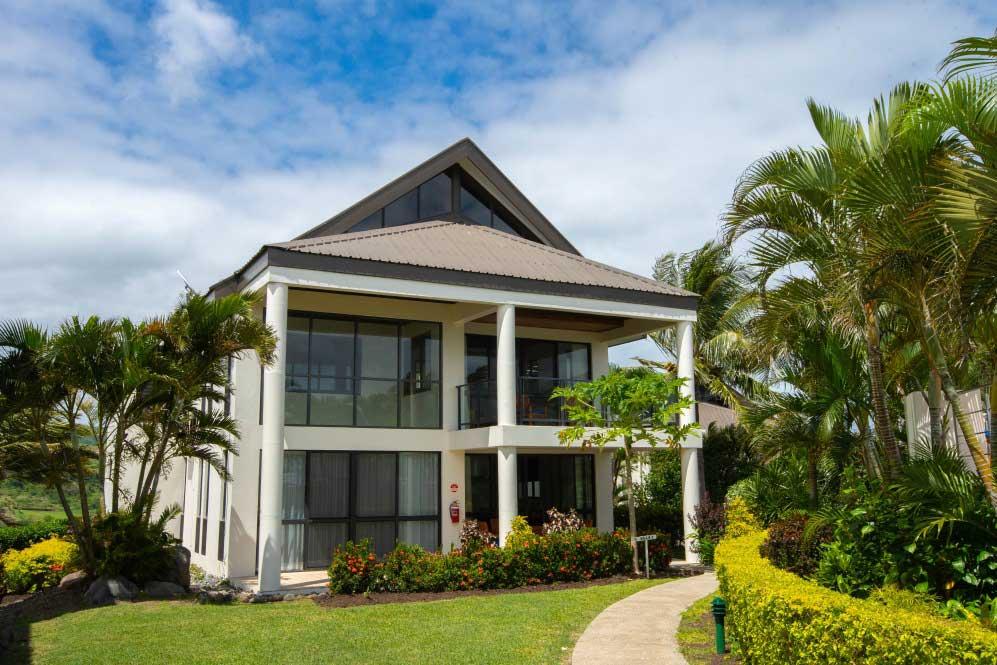 -fiji-family-resorts-on-suncoast