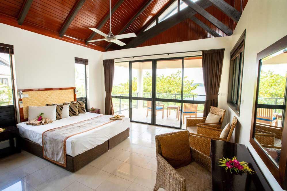 -wedding-honeymoon-suncoast-accommodation