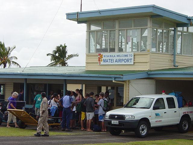 how to get to taveuni