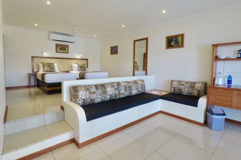 luxury accommodation suncoast