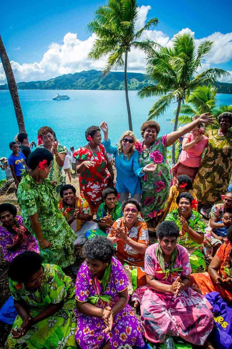 Budget-guide-to-kadavu-Credit-Captain-Cook-Cruises