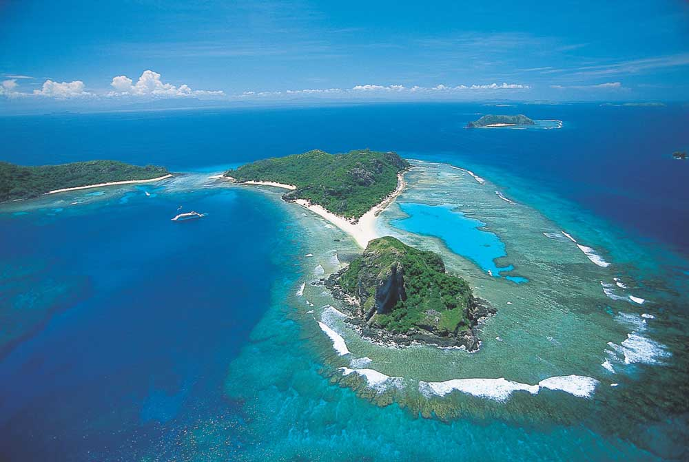 Fiji honeymoon-itinerary 3 days Credit-Captain-Cook-Cruises