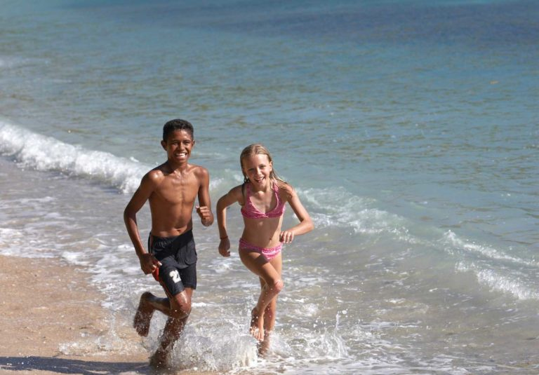 -lomaiviti-islands-things-to-do-children-kids-