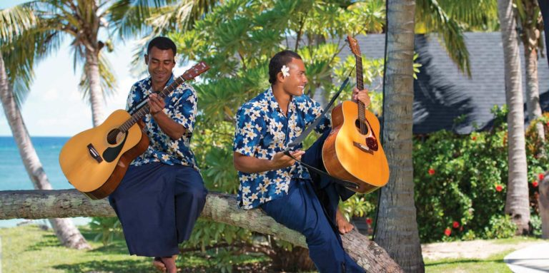 HEADER-the-best-fiji-itineraries-for-a-weekend-Credit-Mark-Snyder