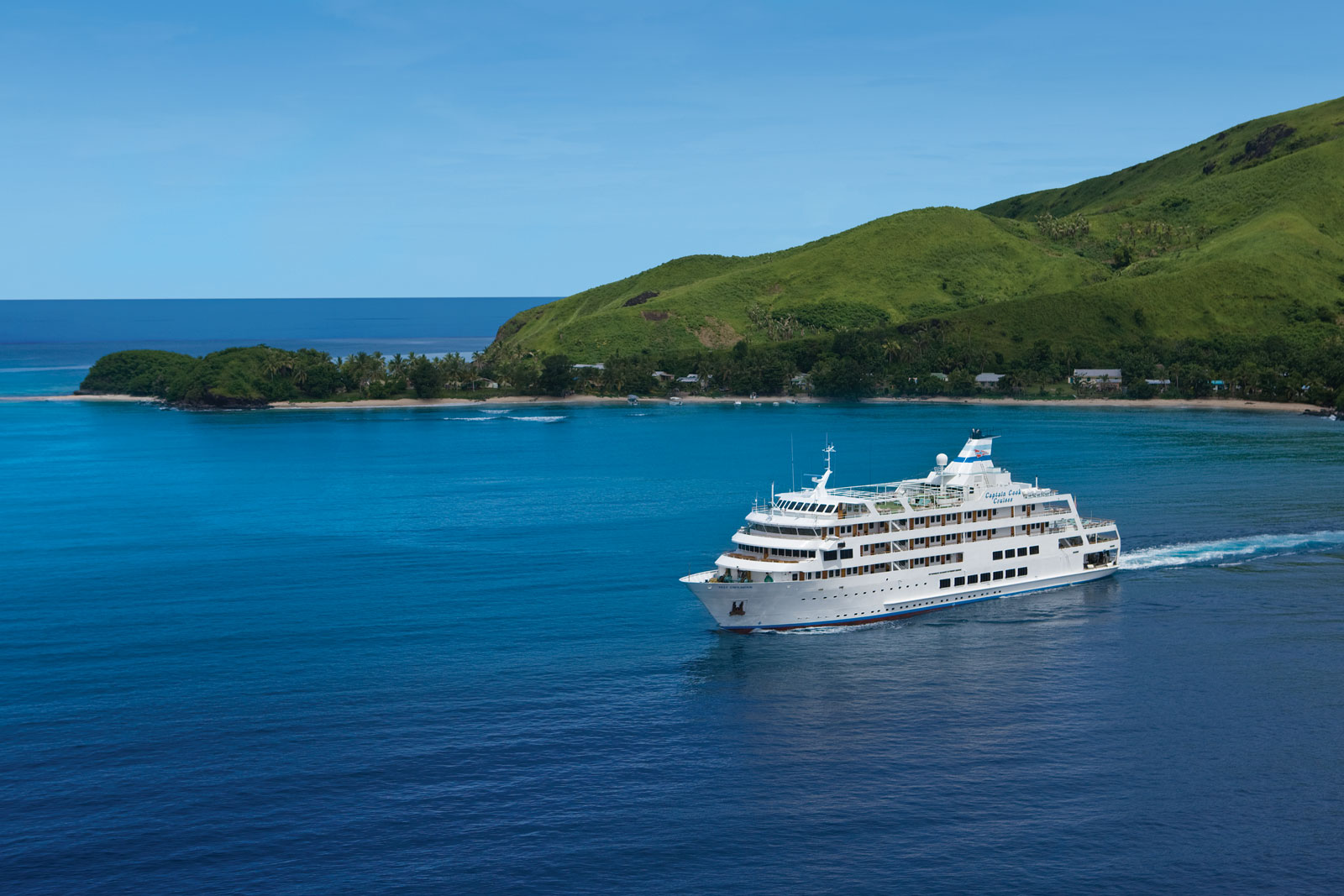 HEADER-ways-to-get-to-the-lau-islands-Credit-Captain-Cook-Cruises