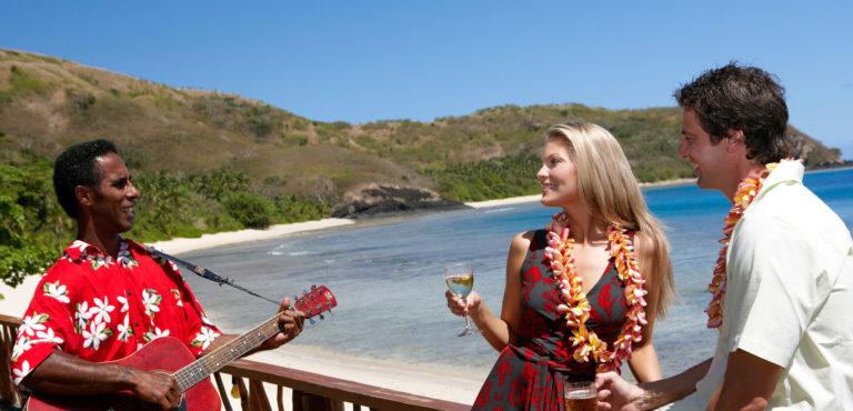 wedding-&-honeymoon-guide-to-the-lomaiviti-islands-