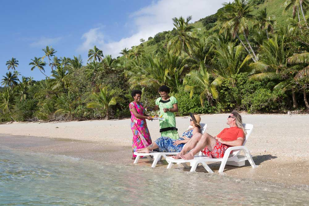 accommodation for foodies-kadavu-Credit-Matana-Beach-Resort-