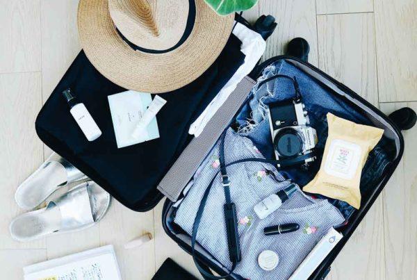 complete packing list for fiji-Credit-STIL-on-Unsplash