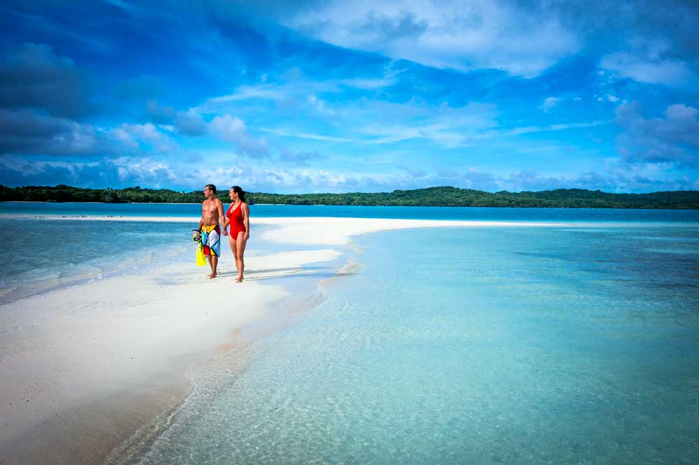 fiji-adult-only itinerary-5 days Credit-Captain-Cook-Cruises