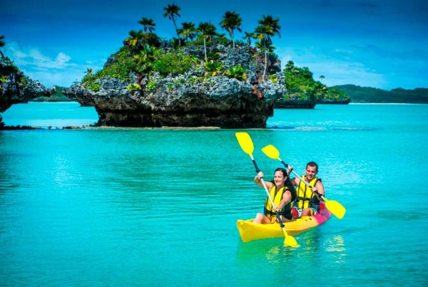 must do-lau-group-fiji-Credit-Captain-Cook-Cruises