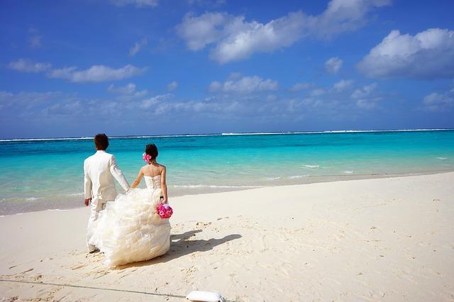 wedding-honeymoon-guide-kadavu-Credit-MaxPixel