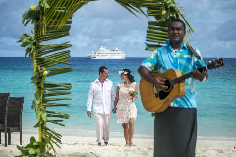 Everything you need to know about a wedding in Fiji
