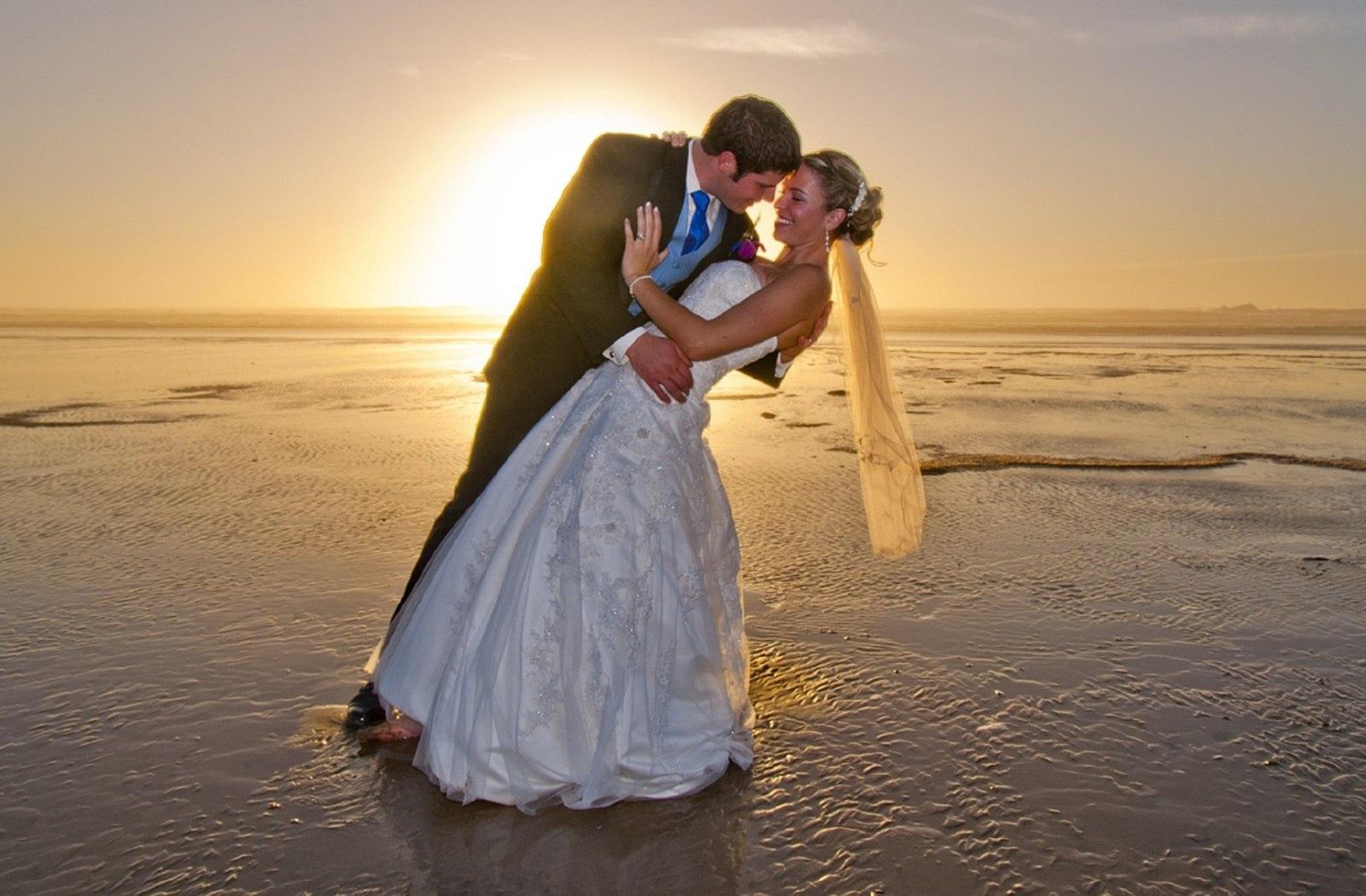 8 Reasons a Wedding in Fiji is a Must