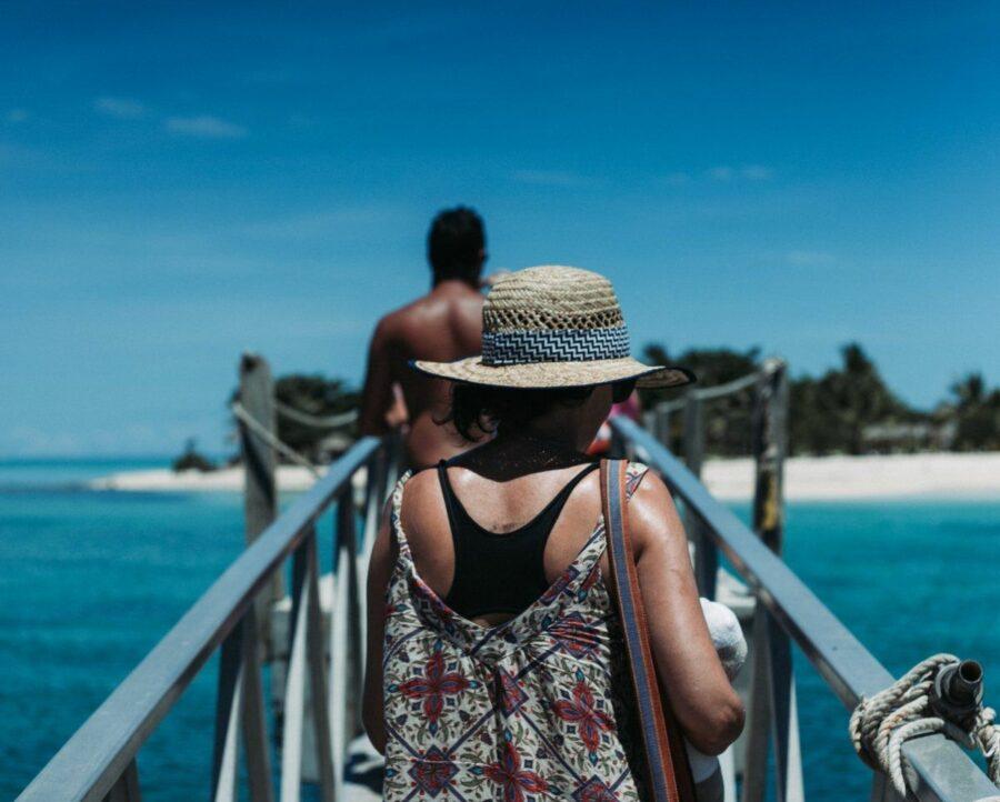 Visiting Fiji: Main Island Vs. Outer Islands
