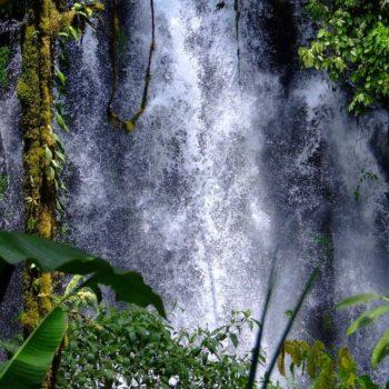 10 Wonderful Waterfalls in Fiji