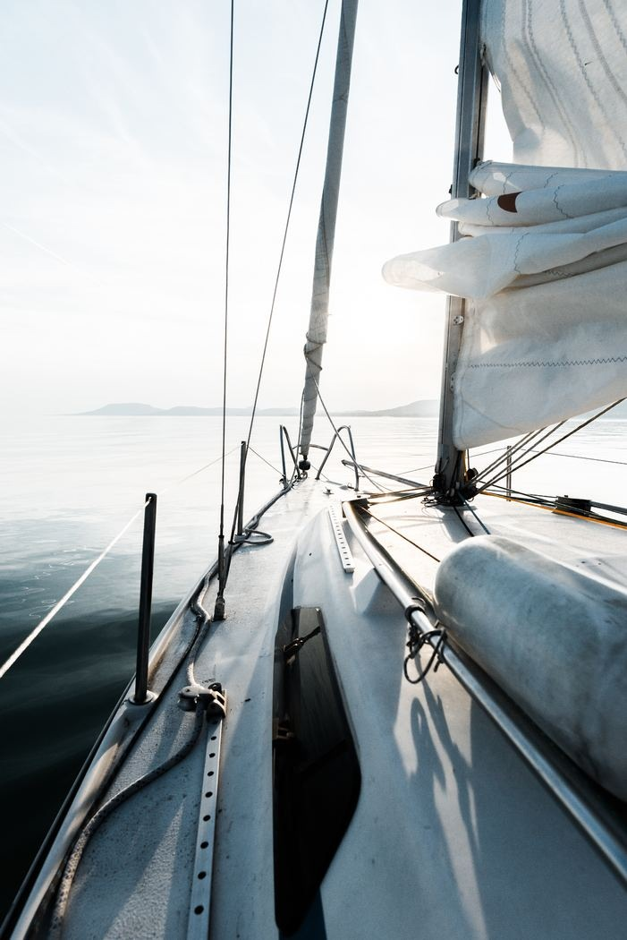 How Long Does it Take to Sail to Fiji?